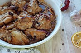 Миниатюра к статье Как приготовить курицу кусочками в духовке – подборка вкусных рецептов
