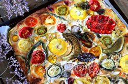 Открытый овощной пирог в духовке