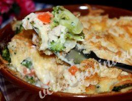 Запеканка из куриного филе с замороженными овощами